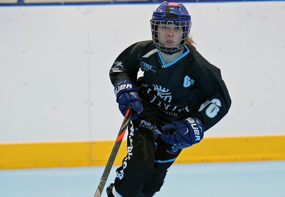 Ana de Saja durante un partido de hockey con las Panteras