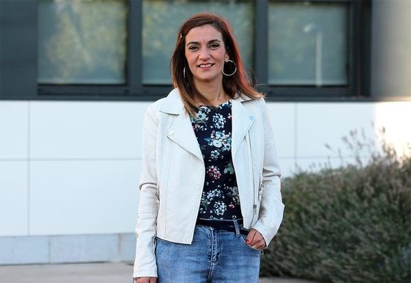 Laura Sordo, profesora mentora en el programa STEM Talent Girl, en el campus de la UEMC