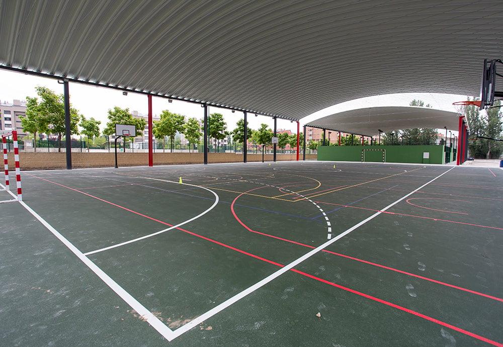 Pistas polideportiva situadas en la UEMC de Valladolid