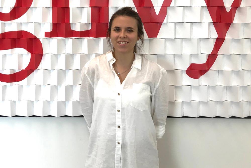 Entrevista a Elenita Hernández, graduada en Publicidad y RRPP