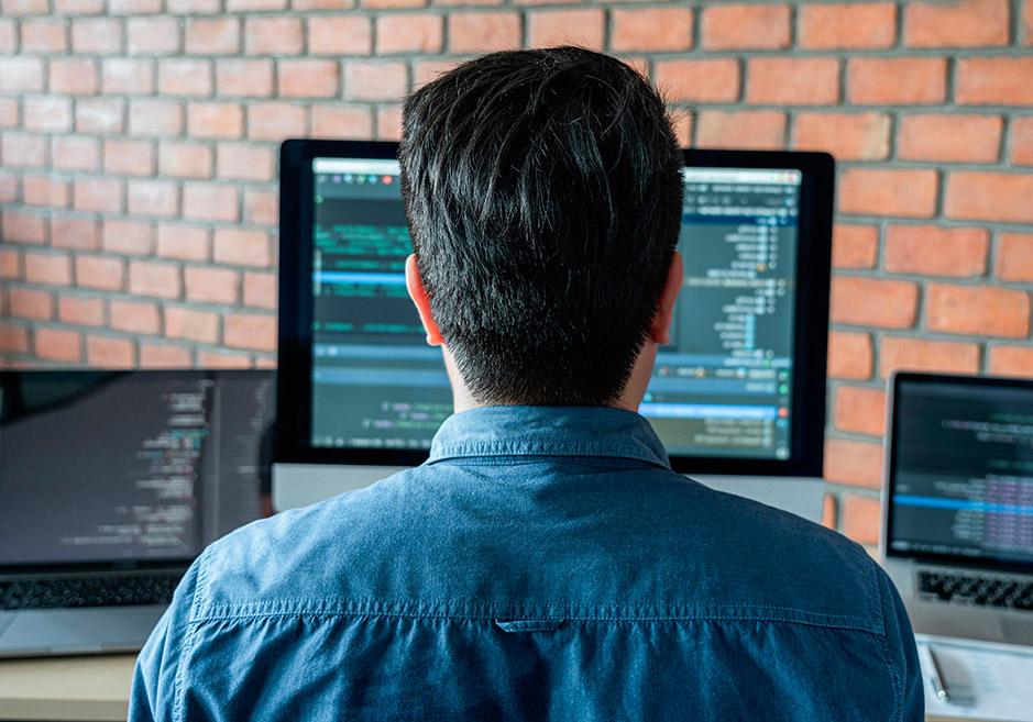 Ingeniería Informática: qué es, asignaturas y salidas profesionales