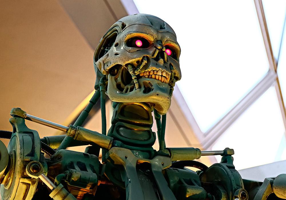Maqueta a tamaño real de un Terminator durante el estreno de Terminator 3 en Tokio.